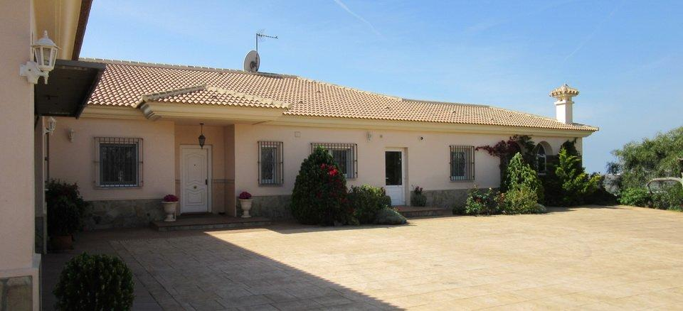 4 bedrooms villa almayate valle niza malaga luxury homes - Malaga real estate ...